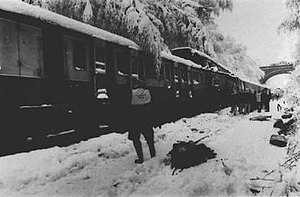 Seer Green rail crash.jpg