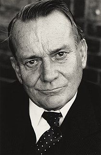 Denholm Elliott British actor