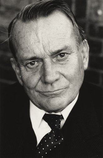 Denholm Elliott - Photo © Clare Park, 1985