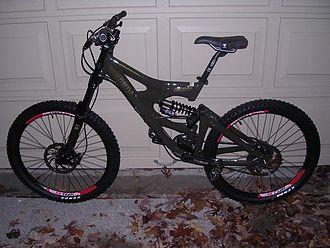 Downhill bike - A Giant Faith 2 downhill mountain bike with 6.5 inches of travel in the front and 8 inches in the rear.