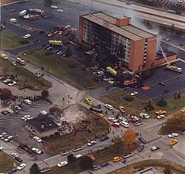 1987 Ramada Inn Corsair crash.jpg