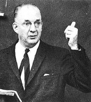 Gordon Prange - Professor Prange teaching his history class at the University of Maryland in 1964