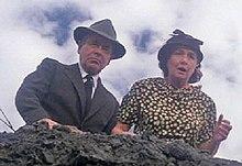 http://upload.wikimedia.org/wikipedia/en/thumb/c/c6/Jon_and_Martha_Kent_Superman_movie.jpg/220px-Jon_and_Martha_Kent_Superman_movie.jpg