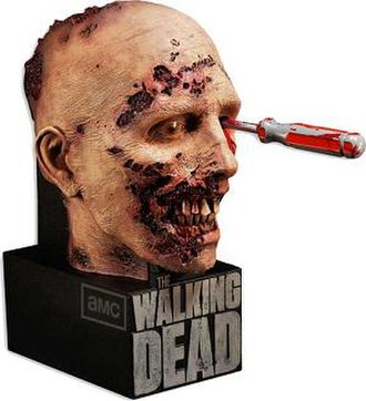 The Walking Dead (season 2) - Limited Edition Blu-ray packaging showing a screwdriver in a zombie's eye socket