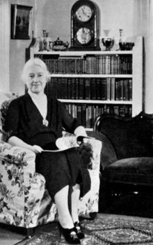 1942 : Constance Mayfield Rourke Honored by Saturday Review