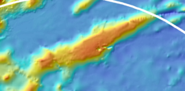 Main Line Islands, NOAA bathymetric map with lineations (Horizon Guyot).png