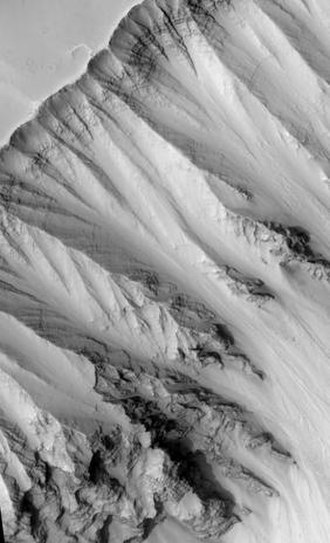 Ophir Chasma - Ophir Chasma wall, as seen by HiRISE.
