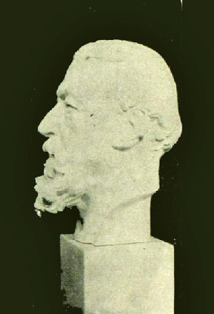 Robert Barrett Browning - 1906 bust of Robert Browning by Pen Browning