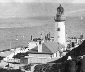 Douglas Head Lighthouse - The modern completed lighthouse with foghorn c.1907 with courthouses