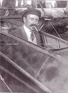 François Denhaut French aviator