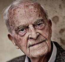 Harry Leslie Smith.jpg