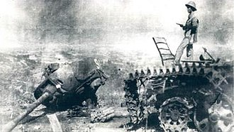 Sino-Vietnamese War - Chinese tank destroyed in Cao Bang
