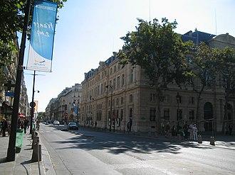 Rue de Rivoli - Rue de Rivoli as it runs through Le Marais, in Paris' 4th arrondissement