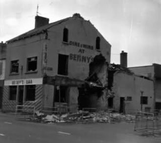 Benny's Bar bombing - Benny's Bar after the bombing