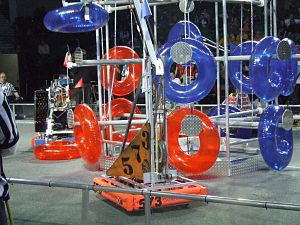 Rack 'n Roll - Team 573's 2007 FRC robot scoring