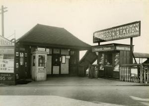 Hillingdon tube station - The original station building, 1933
