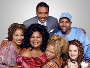 "The Parkers - The Parkers main characters of Seasons 2–5 with Jenna von Oÿ and Ken Lawson becoming regulars and the addition of Yvette Wilson (replacing Mari Morrow) joining the cast: (l-r) Professor Oglevee, Thaddeus ""T"" Radcliffe (back row), Andell Wilkerson, Nikki Parker, Kim Parker and Stevie Van Lowe (front row)"