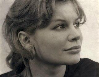 Joanna Dunham English actress (1936-2014)