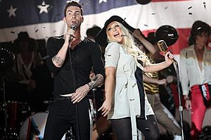Moves like Jagger - Levine and Aguilera singing together in the music video.