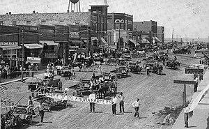 Coweta, Oklahoma - Oklahoma Farmers parade in downtown Coweta, 1905