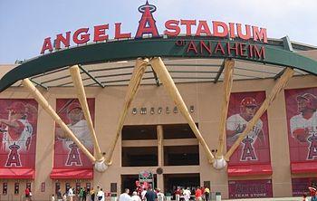 Angel Stadium - Wikipedia
