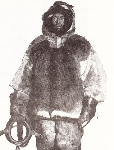"Olav Bjaaland dressed for winter travel: ""Not an outfit that cut a dash by its appearance, but it was warm and strong""[51]"