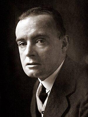 Saki - Hector Hugh Munro by E. O. Hoppé (1913)