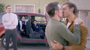 Papá a toda madre - from left to right Andrés Zuno and Raúl Coronado in their respective roles. Both main characters of the controversy generated.