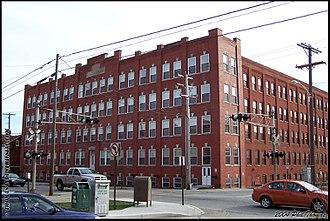 Hanover Shoe - Hanover Shoe Building (April 2004)