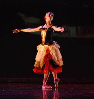 Ballet Fantastique - Image: Hannah Danse En Rouge