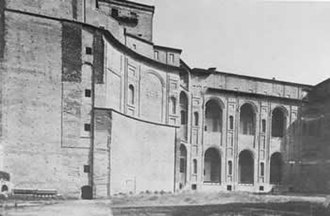 Giacomo Barozzi da Vignola - Palazzo Farnese, Piacenza, inner yard