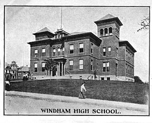 Windham, Connecticut - Image: Windham High School Windham CT
