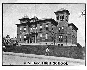 Windham, Connecticut - Image: Windham High School Windham CT