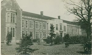 Brentwood County High School - Brentwood County High School, Seven Arches Road site in 1927