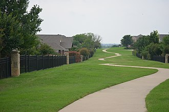 Crawford Farms, Fort Worth, Texas - Image: Crawford Farms Walking Trails