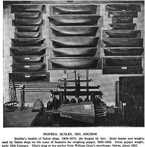 Half hull model ship - Early half hull models (built 1809–1870 of Salem, Massachusetts ships) at the Peabody Essex Museum