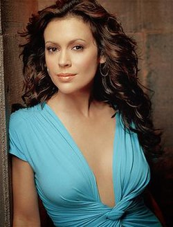 Alyssa Milano as Phoebe.jpg