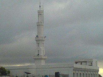 Tamil Muslim - A typical minaret of a mosque in Tamil Nadu as seen here of Erwadi in Ramanathapuram District