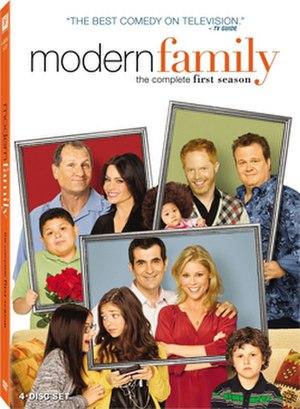Modern Family (season 1) - Image: Modern Family S1DVD