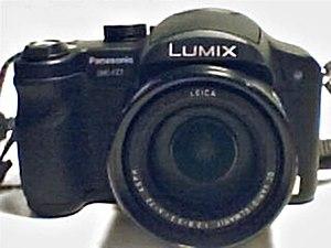 Panasonic Lumix DMC-FZ7 - Image: Panasonic Lumix DMC FZ7 front