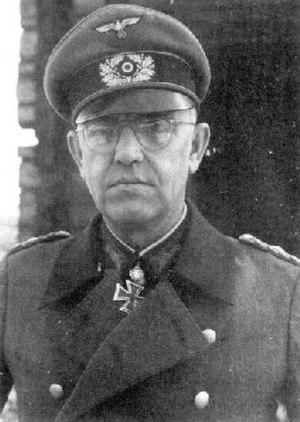 Hans Traut - Image: Generalleutnant Hans Traut