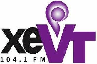 XHVT-FM - Image: XEVT 104.1FM logo