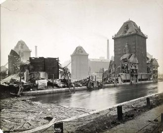 Silvertown explosion - The Millennium Mills following the explosion