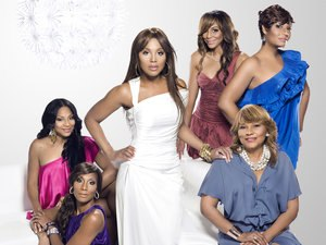 Braxton Family Values - Trina Braxton, Towanda Braxton, Toni Braxton, Tamar Braxton, Evelyn Braxton, and Traci Braxton (from left)