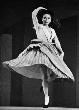 "Eleanor King - Dancing in her self-choreographed work ""Hornpipe"" in 1935.  Photography by Barbara Morgan"
