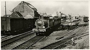 Herne Bay railway station - Image: Herne Bay railway station with KCF 31461 May 1953
