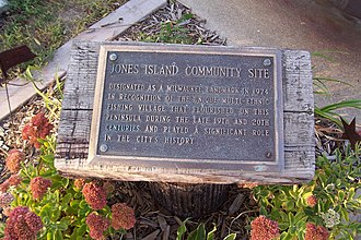 Jones Island, Milwaukee - Memorial plaque at Kaszube's Park.