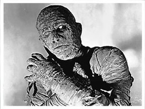 Mummy (undead) - The Mummy of Kharis as seen in The Mummy's Ghost (1944).