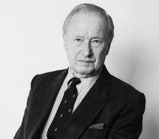 Peter Carter-Ruck British lawyer