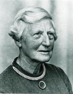 FSC Millport - Sheina MacAlister Marshall OBE FRSE FRS (20 April 1896 – 7 April 1977)